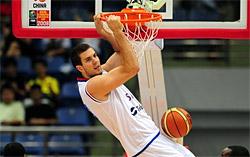 Miroslav Raduljica bientôt coupé par les Clippers