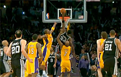 McDyess tue les Lakers au Buzzer