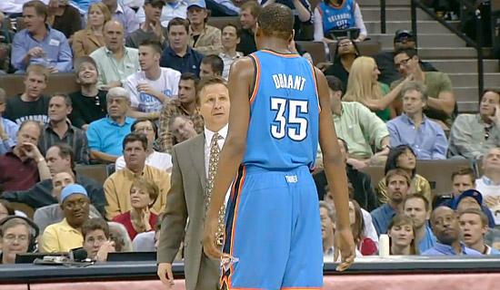 Scott Brooks aux Knicks afin d'attirer Kevin Durant ?