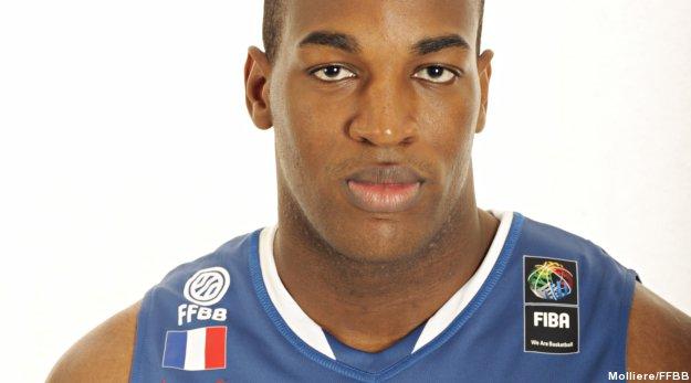 Ali Traoré chroniqueur pour l'Euro sur Canal+ Sport