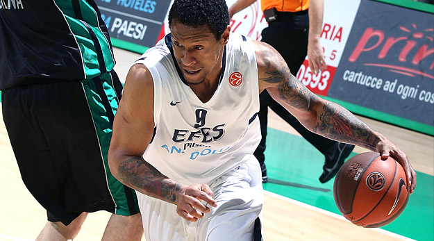 Lawrence Roberts à Rytas