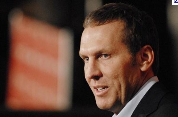 Bryan Colangelo avoue avoir tanké avec les Raptors