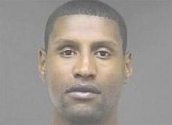 Samaki Walker arrêté avec des stéroïdes et de la marijuana