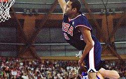 Quand Vince Carter a humilié le basket français