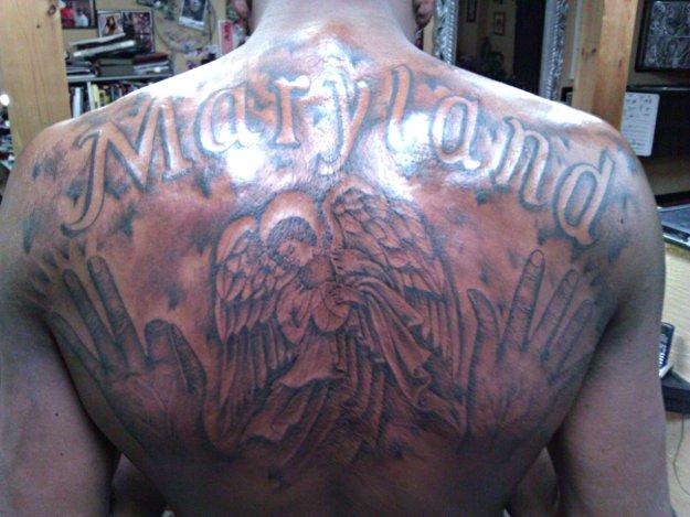 Kevin Durant se fait tatouer tout le dos