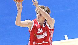 Andreï Kirilenko, aka Mère Thérèsa, veut jouer en Russie