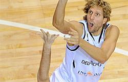 Dirk Nowitzki va-t-il passer devant Nick Galis ?
