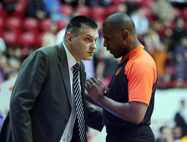 Un arbitre français aux portes de la NBA