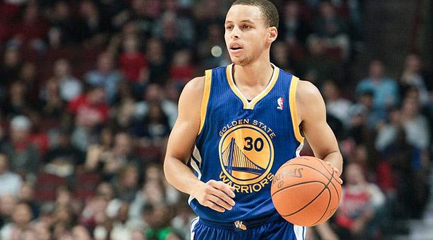 Stephen Curry cartonne Denver (36 pts), le banc de Houston tue les Suns