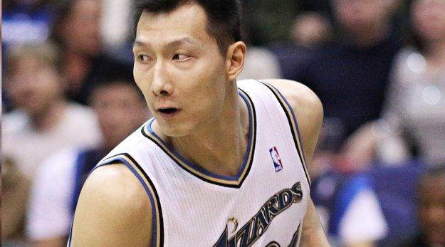 Yi Jianlian en contact avec plusieurs franchises NBA