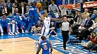 Top 10 : Derrick Rose mystifie les Nets, Westbrook lâche le tomar de la nuit