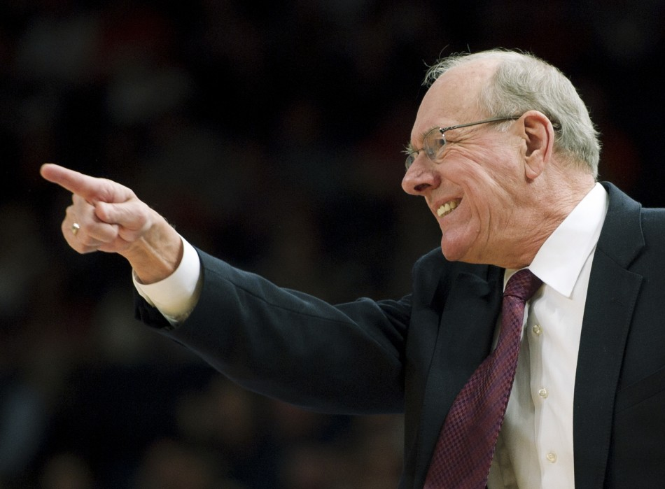 La NCAA charge Jim Boeheim et Syracuse
