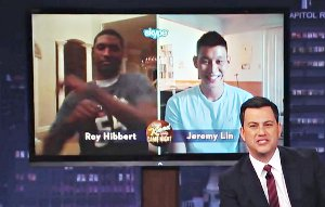 Roy Hibbert et Jeremy Lin s'affrontent dans l'émission de Kimmel