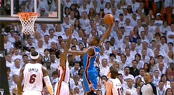 Top 10 des plus beaux dunks des Finales NBA