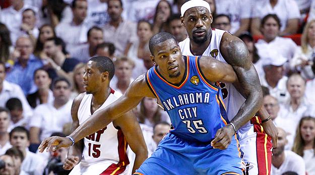 Kevin Durant avoue avoir du mal à jouer avec LeBron au sein de Team USA