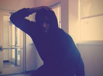 Hollis Thompson invente sa propre «danse»…