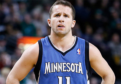 Dallas : J.J. Barea in, Gal Mekel out ?