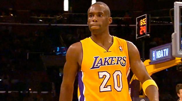 Et deux blessés de plus aux Lakers, deux !