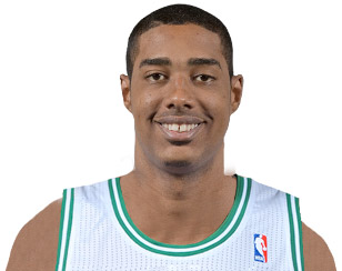 Fab Melo et 2 autres recrues au training camp des Mavericks