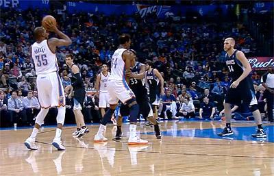 Kevin Durant (26 pts) et OKC se promènent face aux Wolves