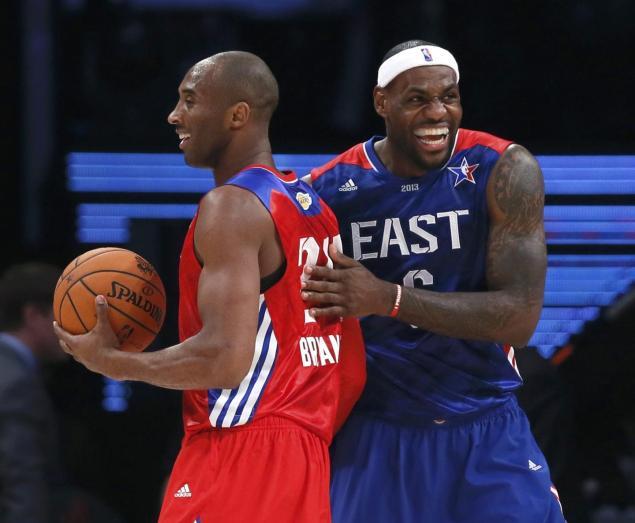 Vidéo : Kobe Bryant bâche deux fois LeBron James