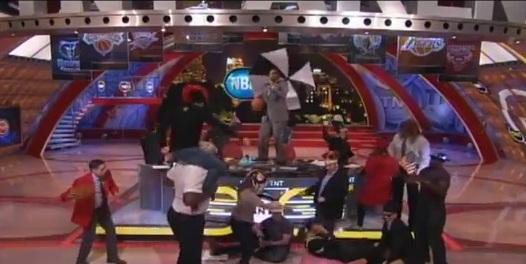 Harlem Shake : Shaq et son crew contre-attaquent
