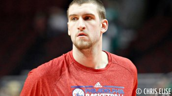 Spencer Hawes pour remplacer Channing Frye aux Suns ?