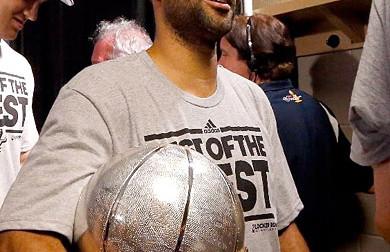 Tony Parker (37 pts) et les Spurs sweepent Memphis !