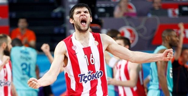 Kostas Papanikolaou :