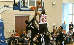 Le Miami Heat engage un dunkeur fou pour le training camp