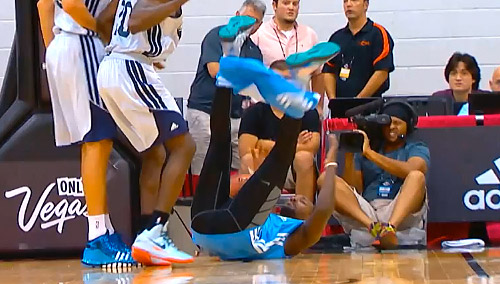 Highlights & bloopers : Jordan Hamilton cartonne mais perd son short