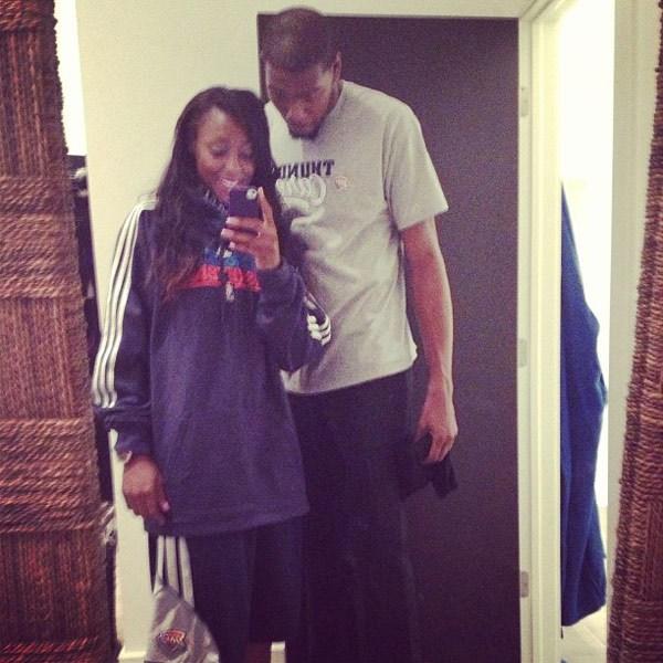 Kevin Durant s'est fiancé avec la joueuse de WNBA Monica Wright