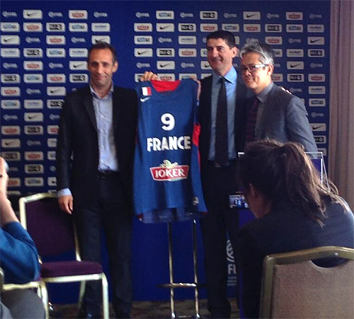 Nouveau sponsor maillot pour l'équipe de France