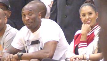 Vidéo : Kobe Bryant impressionné par Frank Robinson à la Drew League