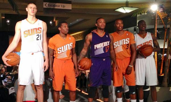 Les Phoenix Suns souhaitent trader un tour de draft