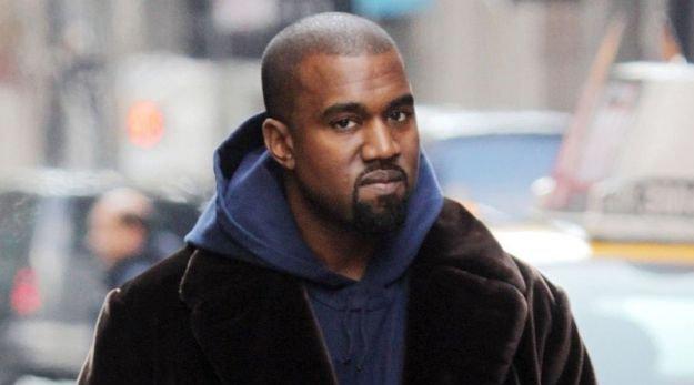 Vidéo : Kanye West charrie Jordan en concert