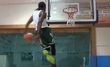 Vidéo : 3 des dunks les plus dingues de ces derniers mois