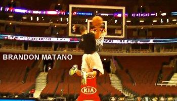 Vidéo : Brandon Matano (1,78 m) a un jump de fou