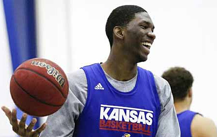 Joel Embiid un an de plus à Kansas ?