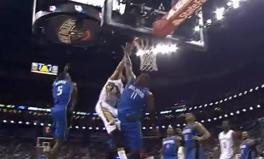 Top 10 : Anthony Davis postérise le Magic, show de dunks pour Wes Johnson