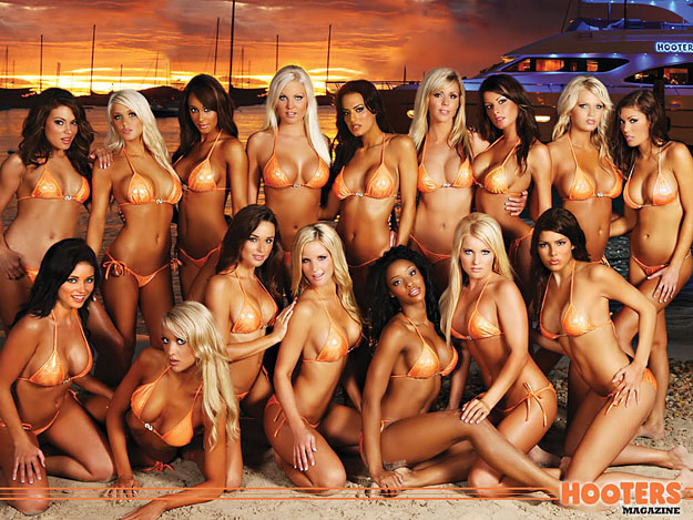 Hooters-Bans-San-Diego-Mayor