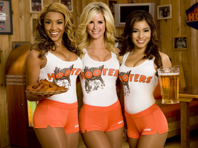 hooters-new-ad-blatantly-attacks-chipotle