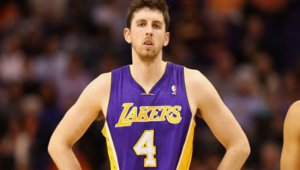 Ryan Kelly devrait rester aux Lakers