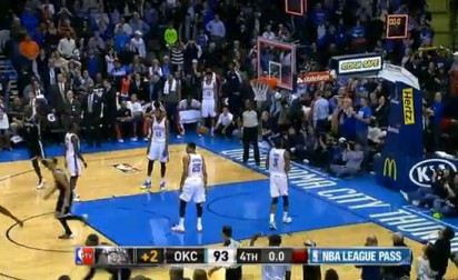 Top 10 : Le dunk easy de Rudy Gay, Joe Jonhson tue OKC
