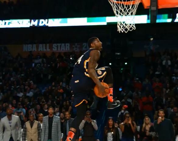 Phantom : Paul George claque un 360 rider !