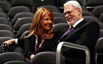 Phil Jackson ne reviendra pas aux Lakers... c'est sa meuf qui le dit !