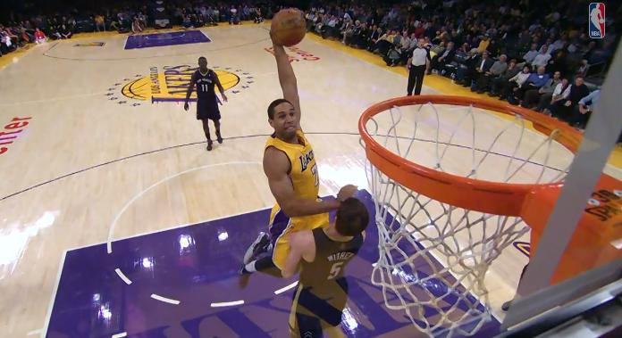 Top 10 : Les plus beaux 'poster dunks' de la saison