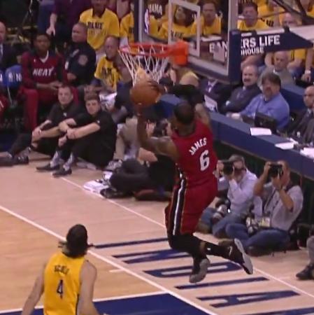 Top 5 : Le Heat s'écroule mais LeBron décolle