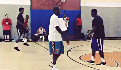 Quand Nick Young et Gilbert Arenas se pointent dans le gym du coin