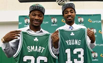 L'erreur de rookie de James Young…
